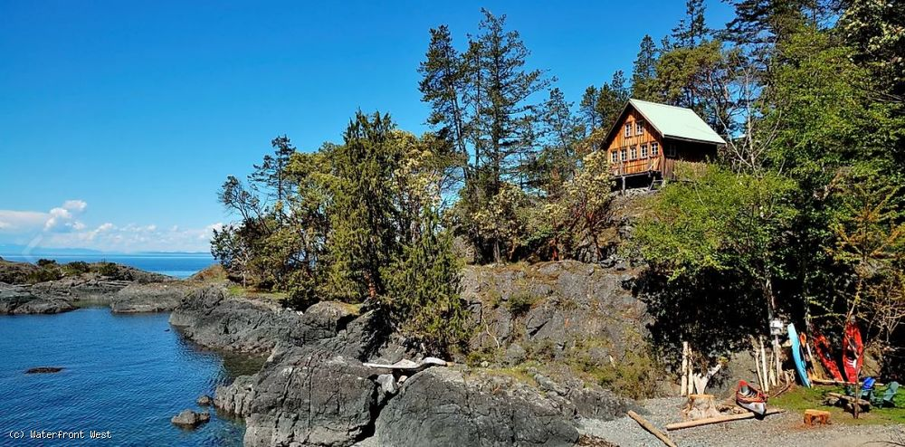 189 Acre Oceanfront Conservation Parcel with West Coast Style Cottages